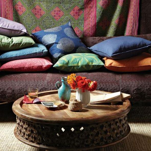 Niski, udobni kreveti, šareni jastučići i teški, pomalo kitnjasti prekrivači, odličan su izbor!